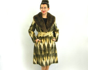 Faux Fur Trench Coat 60s   Made in England, Medium