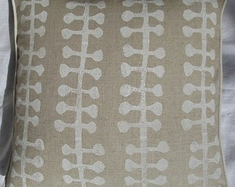 White seaweed cushion cover hand block printed