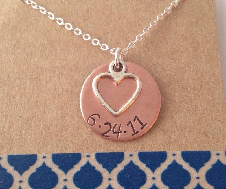 ... and date Necklace with pearl in Sterling Silver Metal Circle necklace