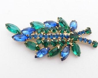Juliana Brooch elegant in emerald green and royal blue rhinestones AJ27