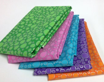 A E Nathan Fabrics METALLIC PDOTS Collection of 5 Fat Quarters Orange Pink Lime Purple Turquoise