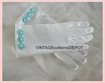 NEW! Gloves for girls, cute white wrist gloves with fingers, light turquoise accessories, for church, first communion, princess costume