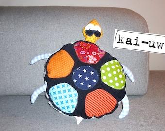 Kai-uwe the stuffed turtle