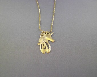 14kt Gold Unicorn Head Pendant Necklace, 16 in.