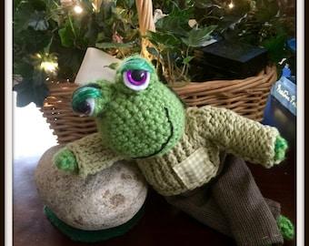 Frog Hand Crochet