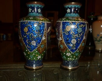 Japanese Cloisonne late 1800 / early 1900-Pair of glittered Cloisonne vase with flowers