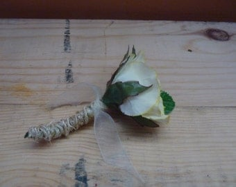 Pale yellow rustic boutonniere. Prom/Wedding