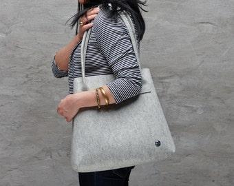 Light grey merino wool felt tote bag, large tote bag, light minimalist bag, Australian Merino wool felt bag, grey felt tote bag