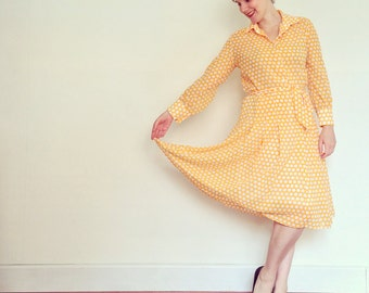 Vintage Dress / Yellow & White Polka Dot Pleated Button-Up / 1970s