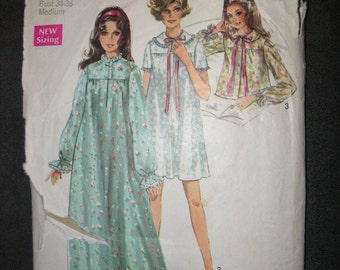 1960s Simplicity Nightgown Pattern 8457 size 12-14