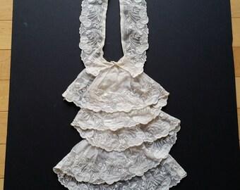 Antique detachable lace collar
