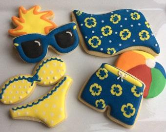 BEACH Sugar Cookies // Swimsuit // Beach Towel // Sun // Sunglasses // Beachball // Swim trunks // Swimming Pool Party // Beach Party