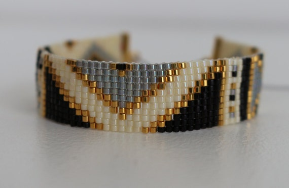 bracelet en perles miyuki tiss es motif inca diverses. Black Bedroom Furniture Sets. Home Design Ideas