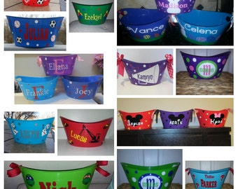 Customized / Personalized Basket, plastic tote, storage, Easter basket, name bucket,  Personalized kids storage great  Birthday Christmas