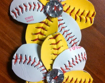 Baseball/softball flip flop clips