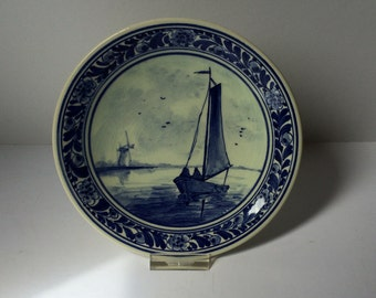 Lovely 6 1/2 inch Delft plate with sailboat