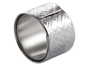 Minimalist Wrapped Ring -X hammered-