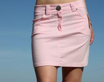 Pink striped mini skirt.size m