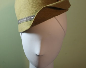 Green Wool Women's Cloche OOAK - Downton Abbey Hat - 1930s Hat - 1920s Hat - Vintage Inspired Hat