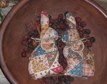 2 Primitive Grungy Faux Patchwork Fabric Easter Bunny Love Bowl Fillers Ornies Ornaments Tucks Shelf Sitters