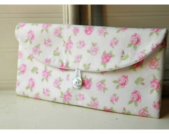 shabby chic pink roses clutch purse Spring Wedding Bridal Clutch Pink Bridesmaid Gift Bridesmaid Clutch Floral Clutch Wedding Accessory