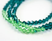 Evergreen and Mistletoe Crystal Stretch Bracelets, Laura Mae Jewelry, OOAK, Stocking Stuffer, Free Shipping