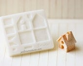 Dollhouse Miniature Christmas Gingerbread House Push Mold