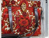 "red.neck Chic introduces ""ev.e.lyn"" in vintage floral / pocketbook / handmade purse / day bag / quilted small bag / quilted vintage fabric"