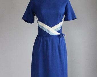 sale // 1960s navy blue striped dress / m