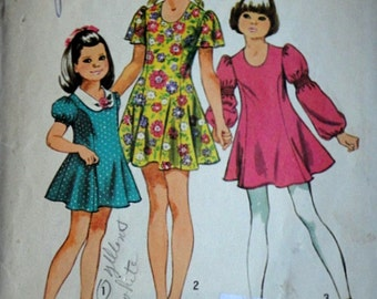 """Vintage 70's Simplicity 9796 Sewing Pattern, Girls Princess Dress With Three Sleeves, Size 7, 26"""" Breast"""
