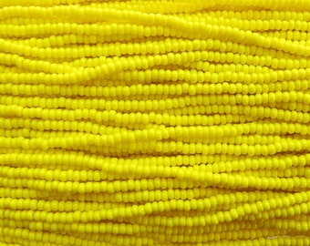 8/0 Opaque Light Yellow Turquoise Czech Glass Seed Bead Strand (CW18)