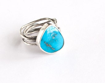Beautiful Handmade Kingman Turquoise and Sterling Silver Cocktail Ring OOAK Organic Look Textured December Birthstone Size 7 7.25