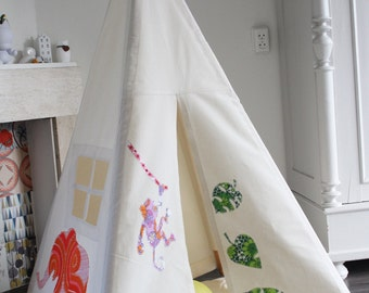 Teepee tent kids play - Reg size animal design