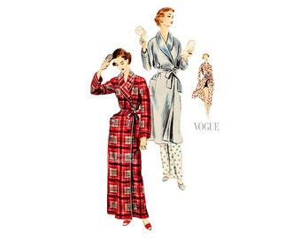 1950s Womens Robe Pattern, Vogue 7767, Bust 34 36, Two Lengths, Shawl Collar, Tie Closure, Beach Cover up Vintage Sewing Pattern, Unused
