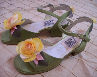 Girls Fairy shoe tinkerbell lime green sandal yellow flower dress up theater