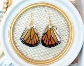 MONARCH BUTTERFLY Earrings, Pearl Earrings, Gold Earrings, Dangle Earrings, Nature Earrings, Wing Earrings, Butterflies, Bridal Earrings