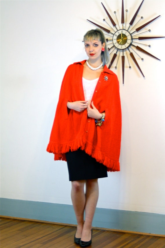 Vintage 60s Red Knit Cape BRITISH VOGUE Crochet Poncho Fringe Buttons Butterfly Collar Arm Slits Mod Retro 1960s Long Fringed Sweater Jacket
