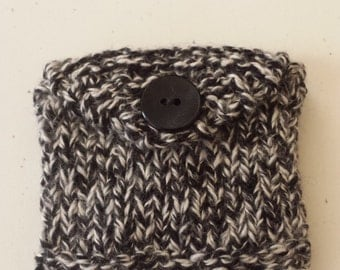Knitted Mini Purse/ Black And White Hand Knit And Fabric Lined Wallet/ Business And Credit Card Holder/ Gift Card Holder/ Handmade Pouch