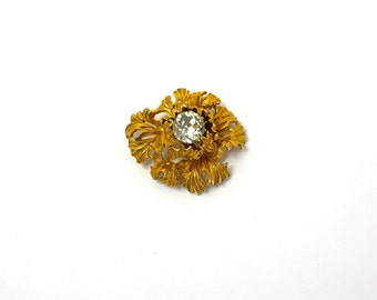 Vintage 50s Castlecliff Brooch Large Gold Metal Flower w Large Single Clear Rhinestone Signed