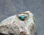 Sterling Silver and Turquoise Ring Size 5 1/4 Petite Womens Ring Vintage 1970s Turquoise Finger Ring
