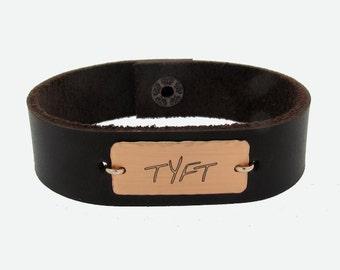 Leather Bracelet for Men, Men Personalized Cuff, Custom Bracelet  for him, Groom Groomsmen Gift / Men's Bracelets / Men's Jewelry