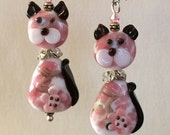 Pink Flower Kitty Cat Lampwork Glass Bead Dangle Earrings