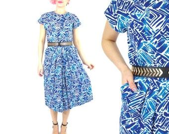 50% OFF SALE 1980s Abstract Print Dress Blue Printed Dress Knee Length Day Dress Pockets Short Sleeve Dress Artsy Dress Pleated Dress (XS/S)