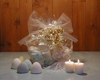 Bath Bombs Basket, Wedding Gift, Honeymoon Gift, Spa Suite Basket, 18 Bath Bombs, Clean Linen Scent, 6 Votive Candles, Bridal Shower Gift