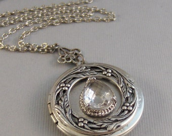 Victorian Diamond,Locket Necklace,Silver Locket,Diamond Necklace,Silver Locket Necklade,Crystal Necklace,Crystal Locket,valleygirldesigns