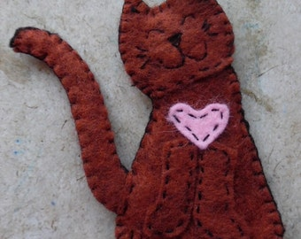 Felt Cat Magnet with Pink Heart. Embroidered Smiley Face
