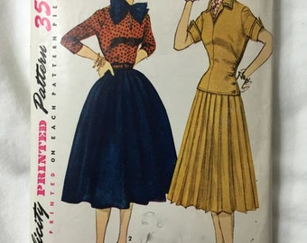 Simplicity 3969 1950s Pleated Skirt & Blouse Vintage Sewing Pattern Bust 36