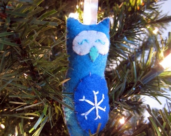 Turquoise Snowflake Owl Felt Ornament - hostess gift - stocking stuffer - keepsake ornament - blues - embroidered - made in Maine