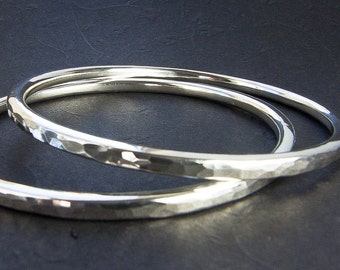 Extra Weighty Heavier Gauge Hammered Silver Bangle Bracelet. Choose Gauge. Choice of Round or Oval. Custom Jewelry. Sterling Silver Jewelry