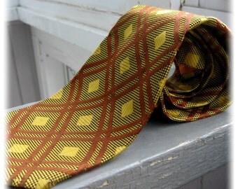 Tomcat - Vintage 1970s mens wide plaid print necktie, mustard, cocoa, rust pattern tie, retro Sergio & Bernardi